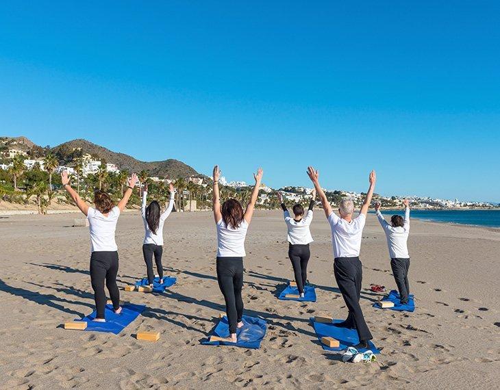 pikorua beach yoga